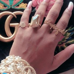 Customized two-finger ring